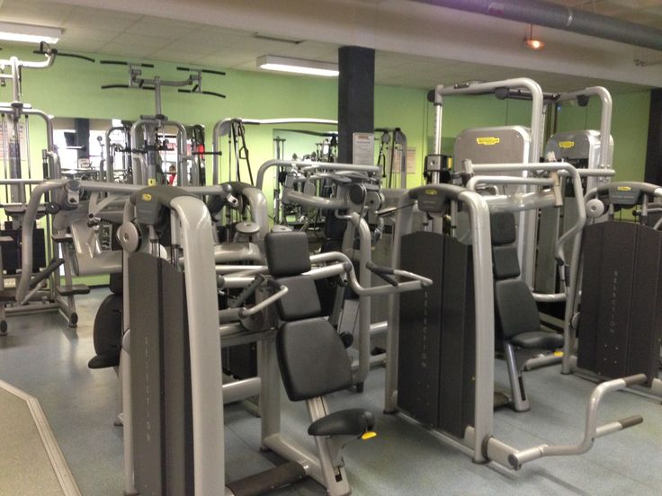 Découvrez la 9eme salle de gym des Cercles de la Forme, le Cercle Châtillon. Pour plus d'informations http://www.cerclesdelaforme.com/fr/club-Fitness-92-Chatillon/ ou n'hésitez pas à prendre rendez-vous ou à appeler nos hôtesses d'accueil. #cdlf #châtillon #sport #country #muscu