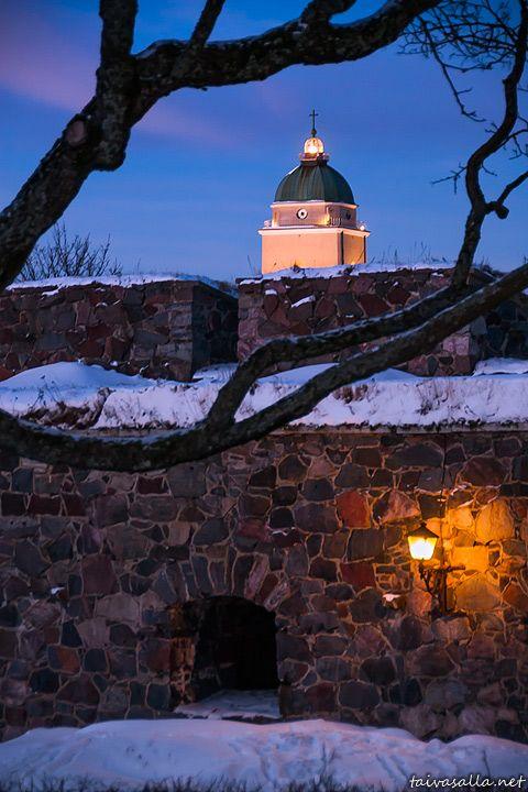The lighthouse church of Suomenlinna fortress , Helsinki, Finland - Taivasalla.net - Under the Open Sky - January 2013