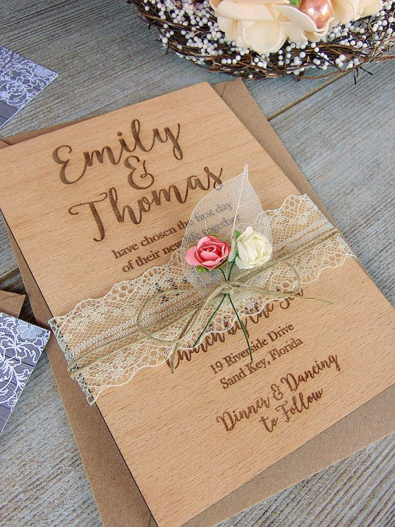 Invitación de la boda real madera Set w por YourWeddingProject