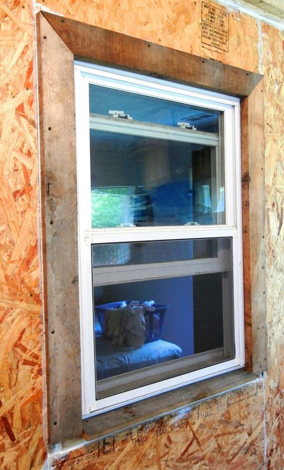 46 best Pallet wood porch renovation images on Pinterest ...