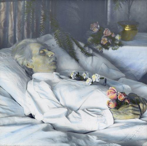"Post-mortem photo of composer Edvard Grieg (1843-1907). Original text: ""Grieg dödsleie""  Photo: Anders Beer Wilse / Owner: DEXTRA Photo"