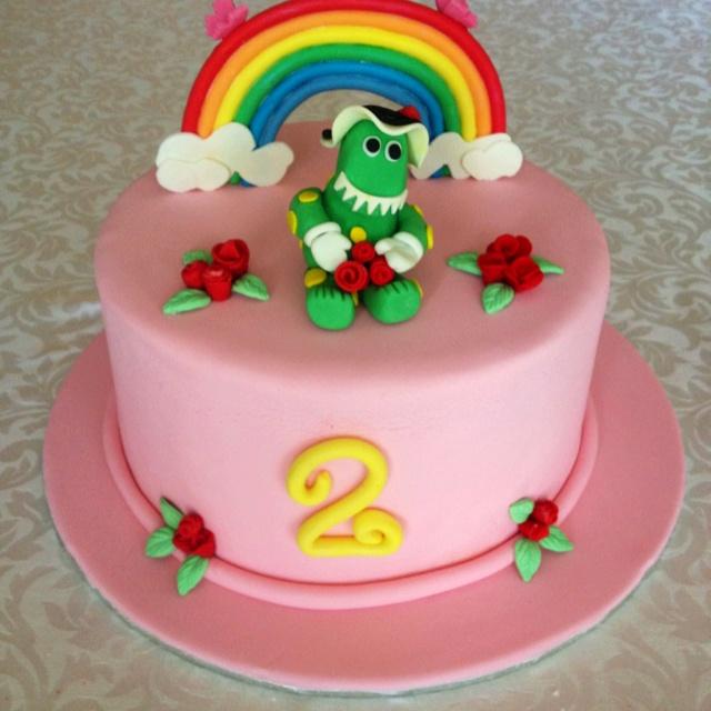 Wiggles Dorothy Dinosaur cake