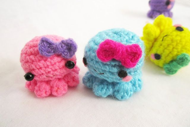 A little love everyday!: Baby octopus amigurumi