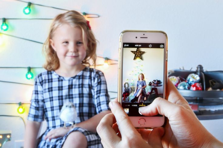 Diy Holiday Lights Photo Booth Via Paging Supermom With Cost Plus World Market Gt Gt
