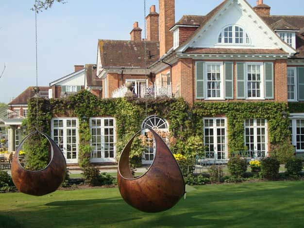 Chewton Glen. Hotel and restaurant in the country. United Kingdom, New Milton.