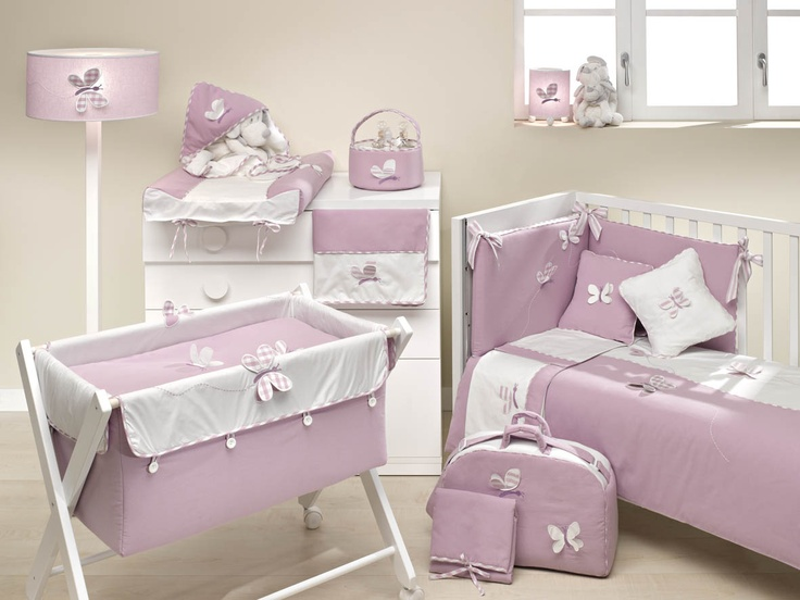 Más adelantos de Ros Textil. Una universo de mariposas para la habitación de la nena. También disponible en beige.