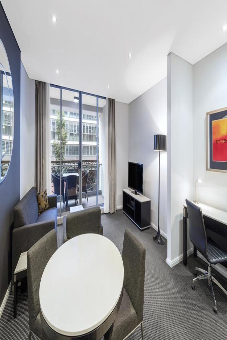 Meriton Suites Zetland Suites Sydney Hotel Hotel