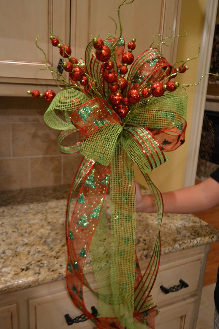 Fibre optic christmas flowers and xmas flowers - Lime Green And Red Ribbon Tree Topper