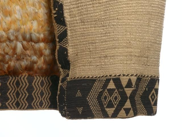 Topic: Techniques for weaving Maori cloaks | Collections Online - Museum of New Zealand Te Papa Tongarewa