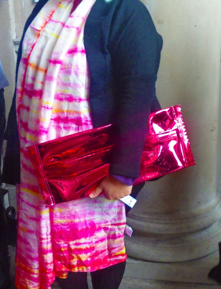 That's a sweet bag! #bag #pink #metallic #fashion #tiedye #scarf #orange #london #somersethouse #fashionweek