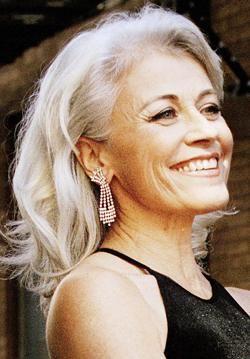 Louise Pitre //silver grey hair