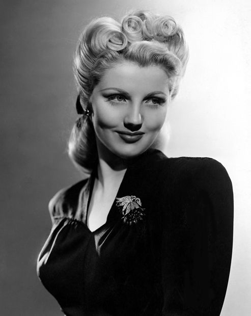 Love the hairdo! Dolores Moran 1943 .. she starred in Yankee Doodle Dandy