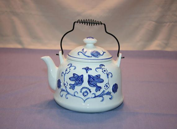 Vintage Love Birds and Floral Embossed Teapot 2216 Rubens