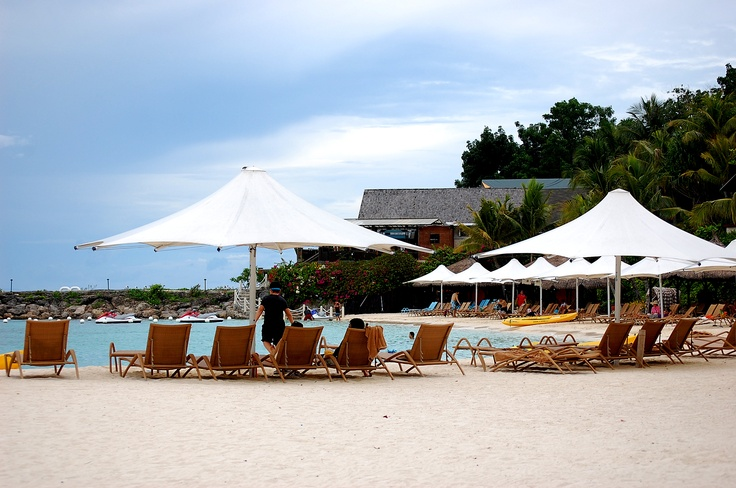 the beach. Shangrila Mactan, Cebu, Philippines