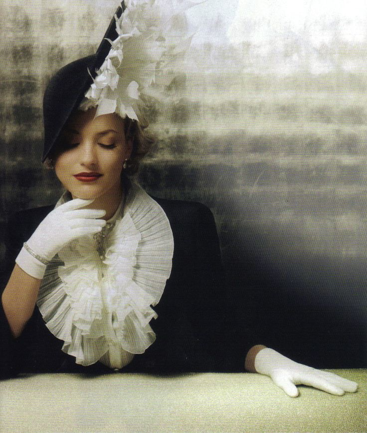 Martha de Blank in a Mc Queen jacket and shirt with a hat by Philip Treacy: Hats, Alexander Mcqueen, Style, Mad Hatters, Black White, Jackets, Philip Treacy, Gloves, Vintage Outfits