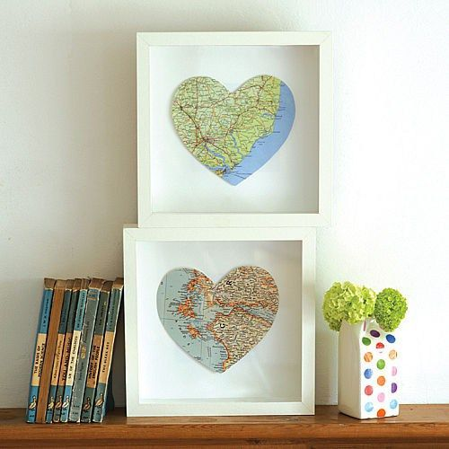 box frame map hearts