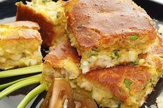 Удивительно нежный и вкусный заливной пирог с рыбой отличный перекус в течении дня с горячим сладким чаем.