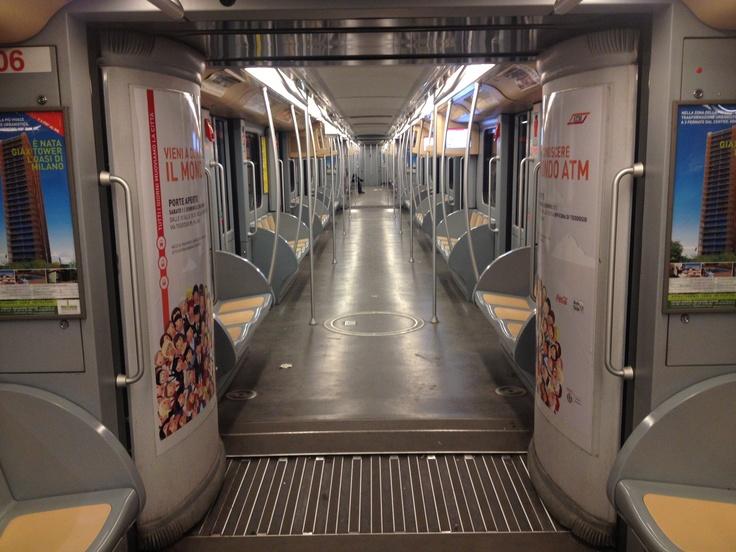Metro Milano Night