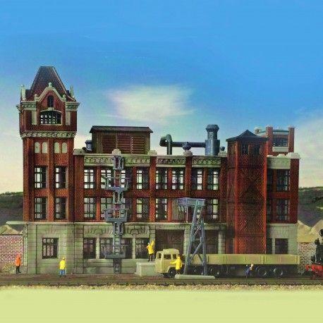 Usine d'époque #N #Kibri A retrouver ici : http://www.latelierdutrain.com/les-entrepots-et-industries/100022-usine-d-epoque-n-1-160-kibri.html