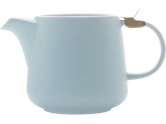 Our new Tint Teapots feature a gently textured matte exterior in a selection of soft hues. Stainless steel infusers, and lids with a brushed matte finish, enhance their simple elegance #maxwellandwilliams #tint #teapot #pastels #blue #serveware #entertain