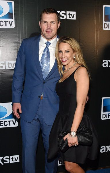 Jason Witten Photos Photos - Dallas Cowboys tight end Jason Witten (L) and Michelle Witten attend DirecTV Super Saturday Night hosted by Mark Cuban's AXS TV and Pro Football Hall of Famer Michael Strahan at Pendergast Family Farm on January 31, 2015 in Glendale, Arizona. - DirecTV Super Saturday Night