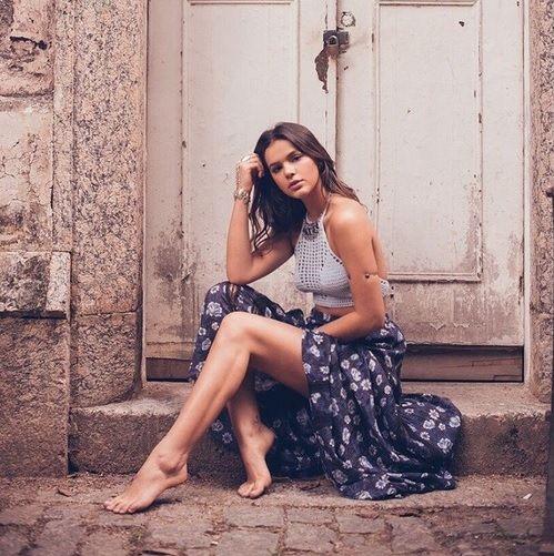 Revista Manequim - Bruna Marquezine e mais celebridades são fãs do estilo Boho