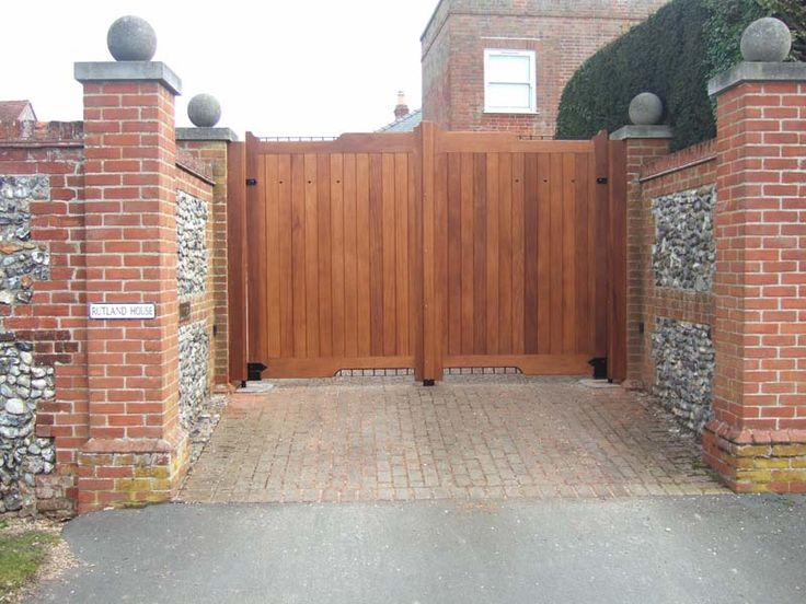 86 best images about gates on pinterest wooden gates for Wood driveway gate plans