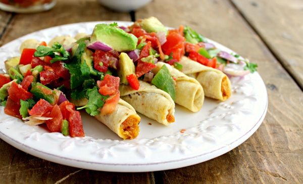 Delicious Avocado Salsa to go with tasty taquitos! Thanks to wannabite for the great recipe!