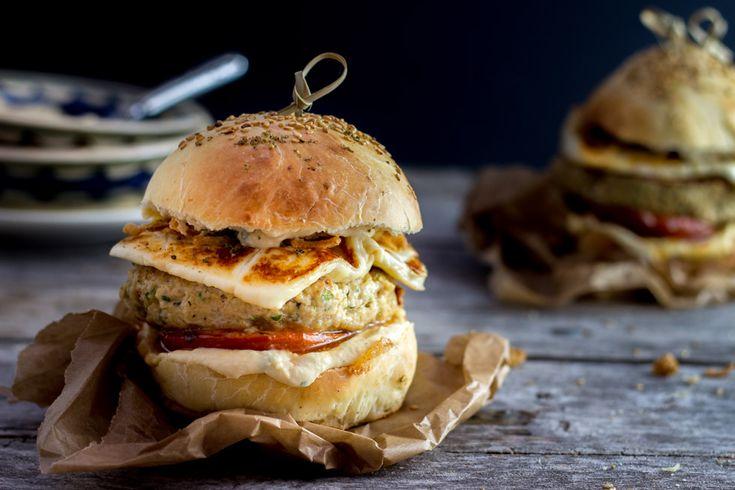 Je vous présente la recette de mon burger oriental, qui je l'espère vous tentera autant qu'à moi, avec ces saveurs c'est un voyage garanti!