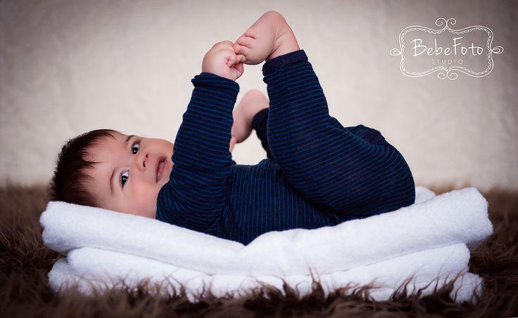 Baby boy photo session in Timisoara - www.bebefotostudio.ro