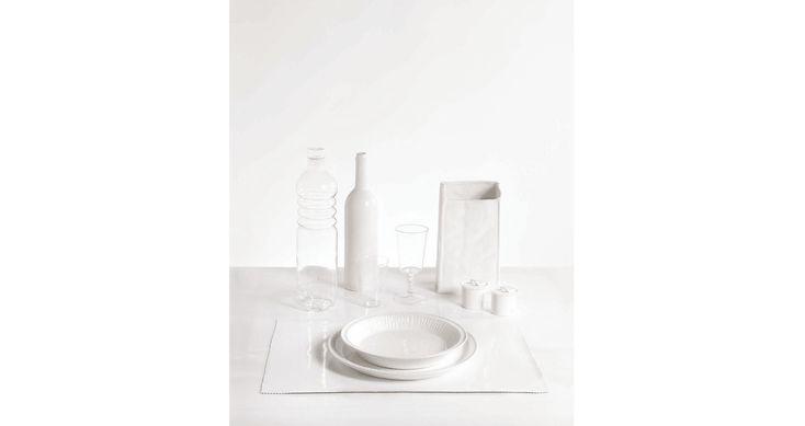 ESTETICO QUOTIDIANO. Alessandro Zambelli (2006) porcelain. tableware