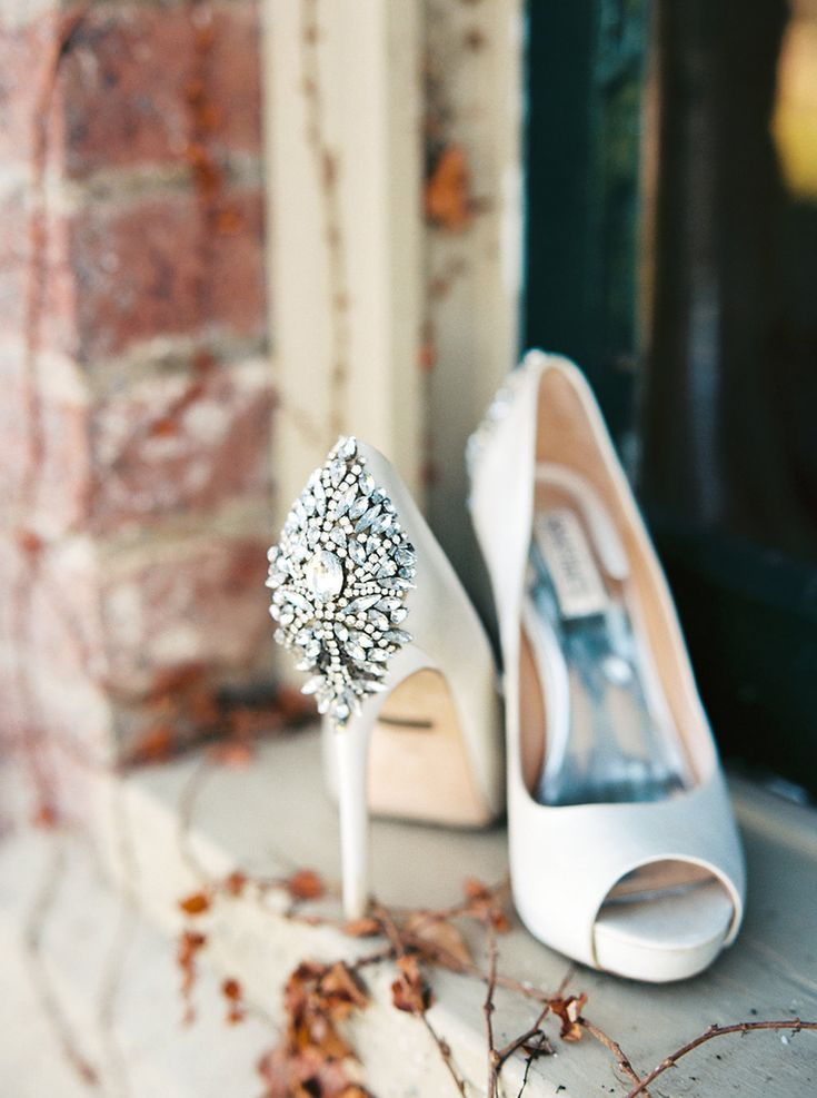 Peep Toe Shoes with Crystal Details
