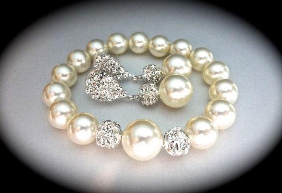 Pearl bracelet and earring set  Ivory/cream  by QueenMeJewelryLLC, $56.99