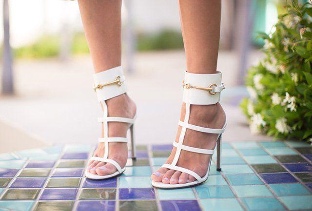 #Wishclouds #Gucci #FancyFootwear #Sandal #White