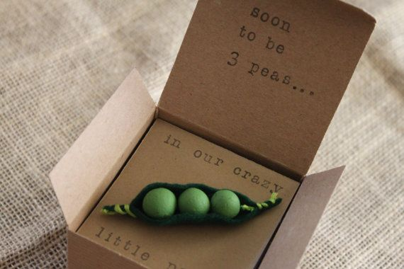 Peapod Pregnancy Announcements How Big Is My Baby by ThePartyPosse, $12.99  These are a great keepsake for a new mom to be or to give to a husband, Aunt, Grandparent, etc.