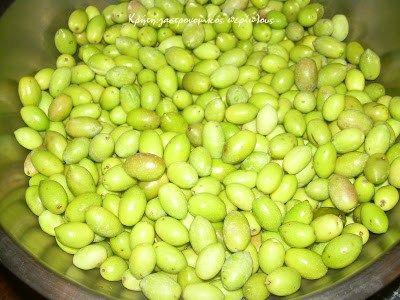 Πράσινες , τραγανές, μυρωδάτες ελιές σε λίγες μέρες! Οι τσακιστές ελιές είναι ο καλύτερος τρόπος επεξεργασίας για όσους βιάζονται να γευτούν φετινές ελιές. Επί πλέον …