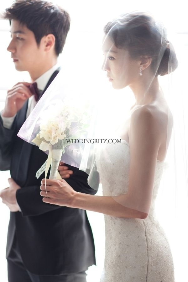 Korea Pre-Wedding Photoshoots by WeddingRitz.com » Let's look at the Piona's new sample 'MOMA'2013 in full version pre-wedding in KOREA.