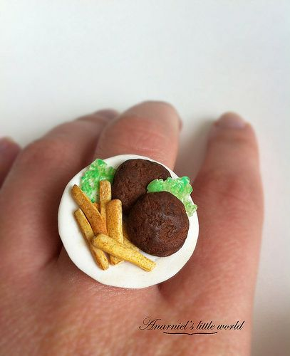 Miniature meal ring