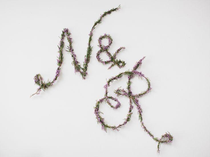 Fresh flower letters // Nordiske Bryllup / Nordic Weddings