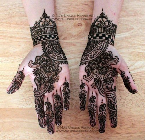 Image from http://girlshue.com/wp-content/uploads/2013/07/Amazing-Eid-Mehndi-Designs-Henna-Patterns-For-Hands-Feet-2013-2014-1.jpg.
