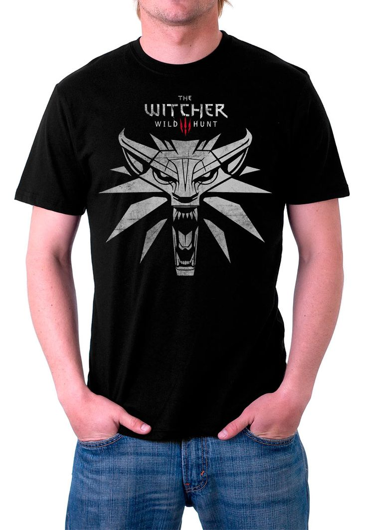 Camiseta lobo blanco The Witcher 3: Wild Hunt. Modelo 1 Para los fans de este exitoso videojuego aquí tenéis esta camiseta 100% fabricada en algodón con un diseño relacionado con The Witcher 3: Wild Hunt.