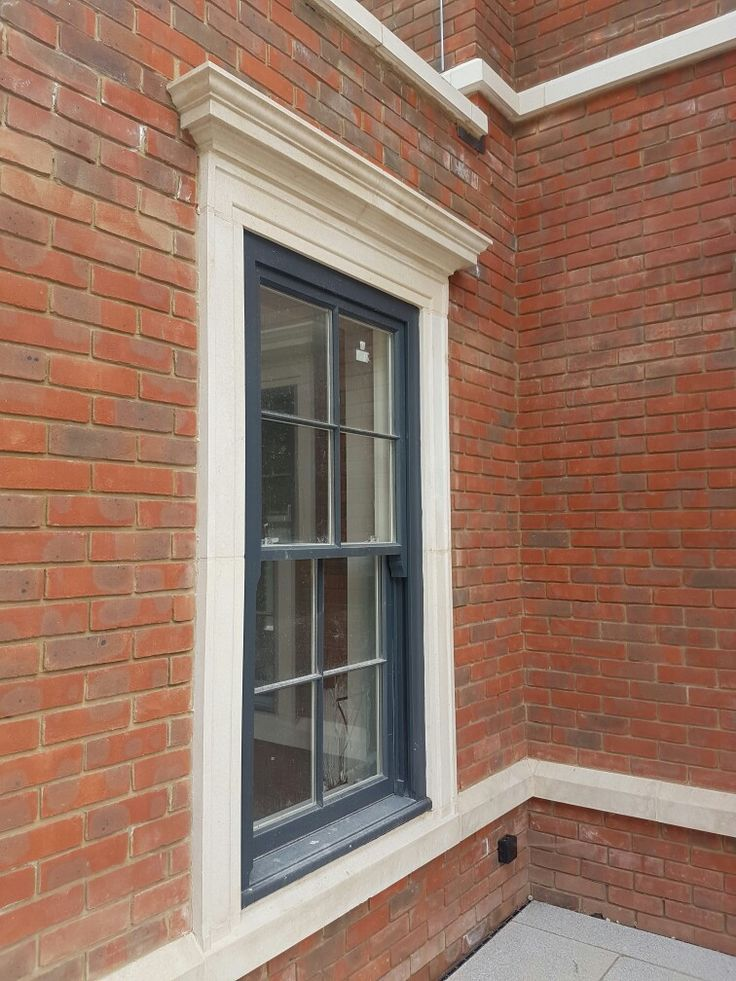 #chilterngrc #caststone #windowsurrounds