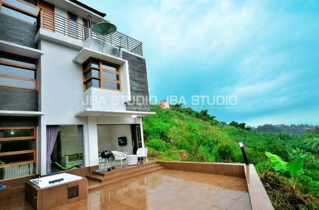 Villa Resort Dago Pakar (Amethyst 45)