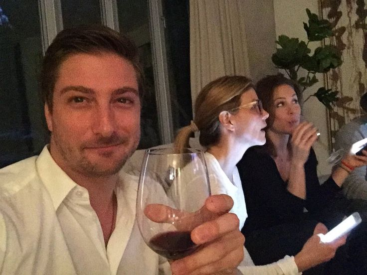 daniel lissing dating When calls the heart alum daniel lissing & erin krakow is rumored to be dating but is the rumor actually true as the couple is always seen together find out.
