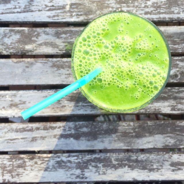 Grön smoothie med melon och lime – mums! - myTaste.se