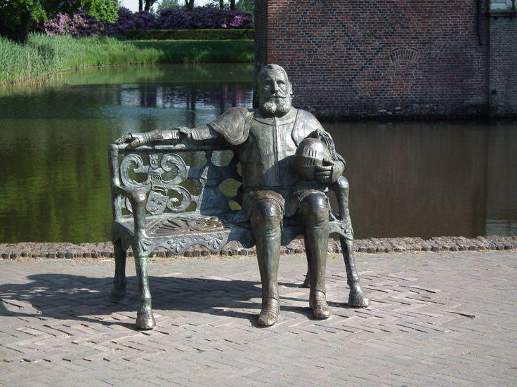 Maarten van Rossum. Bij kasteel Cannenburg in Vaassen