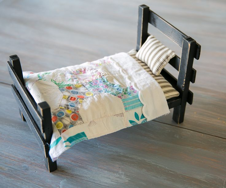 Primitive Bed with Vintage Bedding by BeckysHomeGoods on Etsy