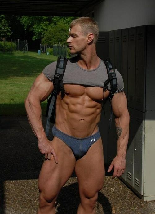 122 best We love muscles images on Pinterest | Hot men