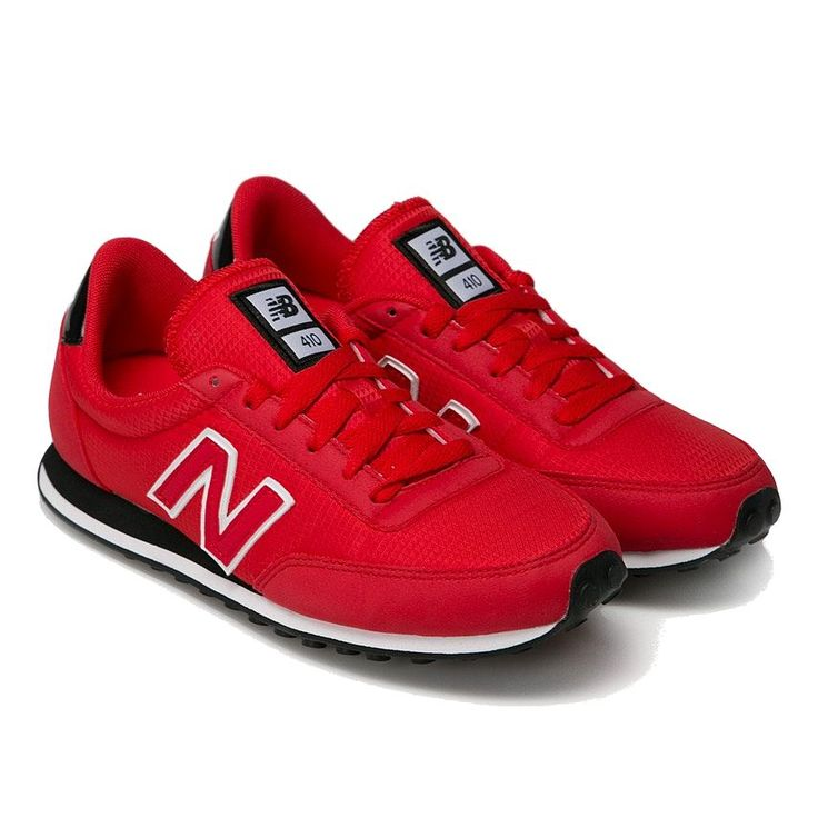 """Buty męskie New Balance U410RIR w kolorze czerwonym z czarną podeszwą to klasyczny model, który jest absolutnym hitem tego sezonu. Obuwie wykonano z najwyższej jakości materiałów tekstylnych (nylon) oraz syntetycznych (dodatki). Zarówno na zewnętrznej jak i wewnętrznej części buta znajduje się """"N"""". Na pięcie natomiast widnieje napis New Balance.   #butymęskie #butyNewBalance #obuwiemęskie #kolekcjaNewBalance #obuwiesportowe"""