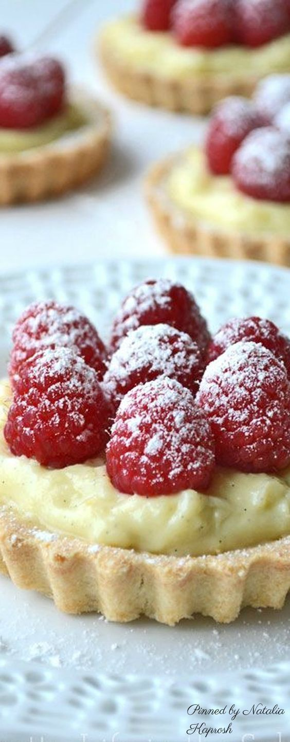 Raspberry & Vanilla Bean Cream Tarts